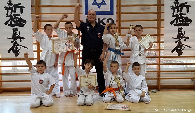 http://karate-beitshemesh.org/uploads/images/images/israel_hope_cup_2016_2.jpg